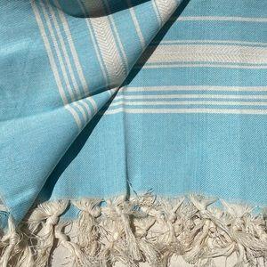 Hand-Loomed Fringe Detailed Oversized Cotton Towel